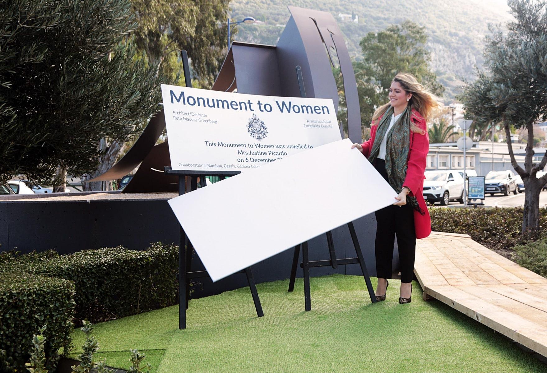 inauguracin-del-monumento-a-la-mujer-en-gibraltar_31427347636_o