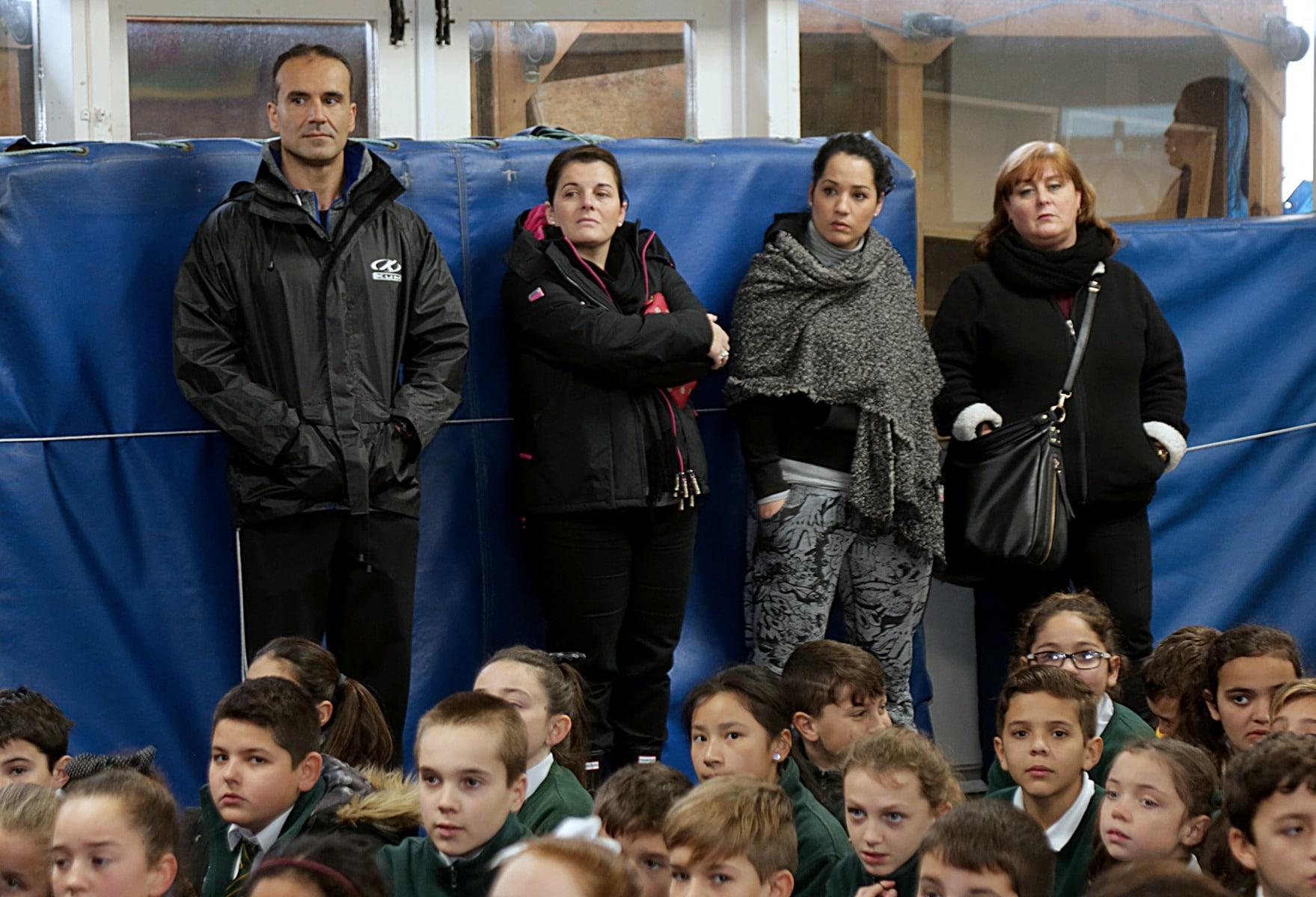 27-ene-17-alumnos-de-la-escuela-obispo-fitzgerald-de-gibraltar-conmemoran-el-holocausto_32513356786_o