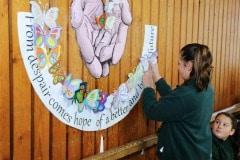 27-ene-17-alumnos-de-la-escuela-obispo-fitzgerald-de-gibraltar-conmemoran-el-holocausto_31742373543_o
