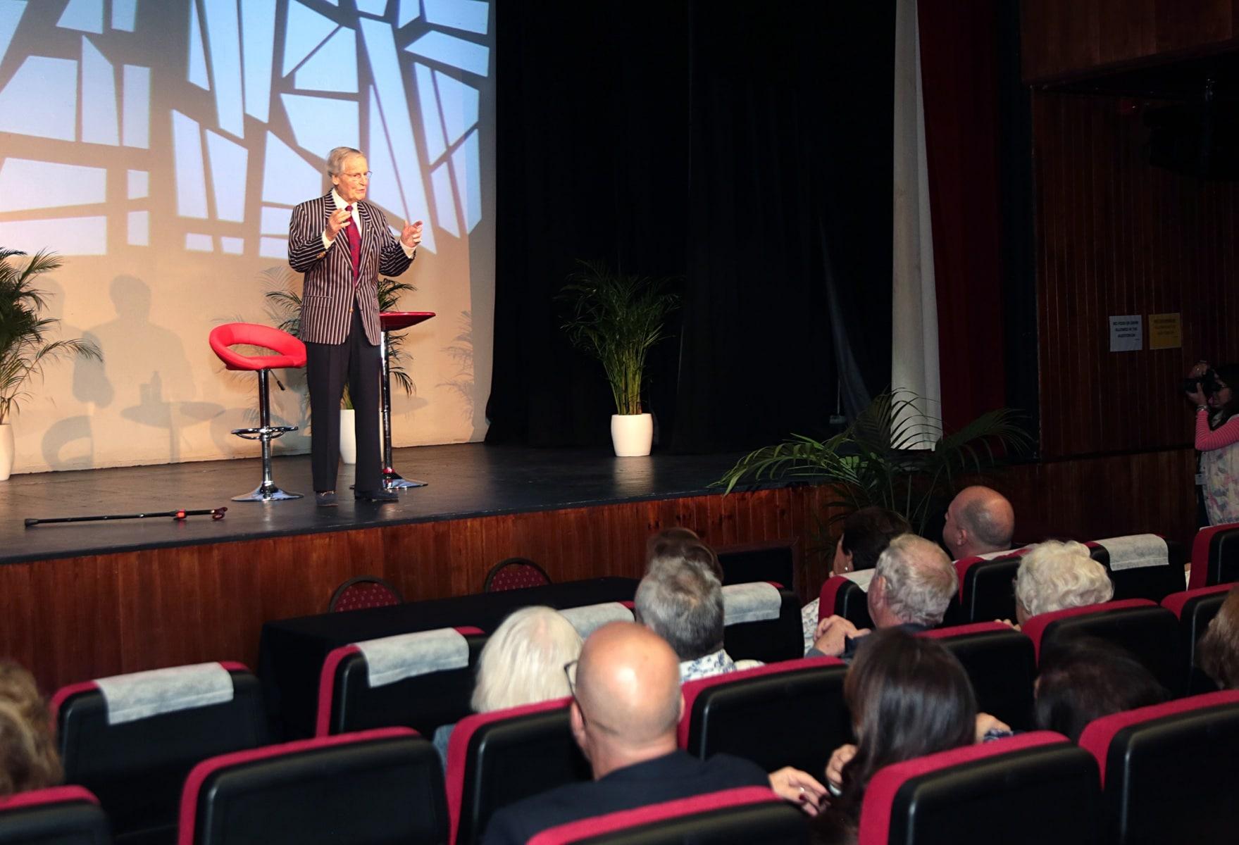 16-a-19-nov-2017-festival-internacional-de-literatura-gibunco-de-gibraltar-81_26771253839_o