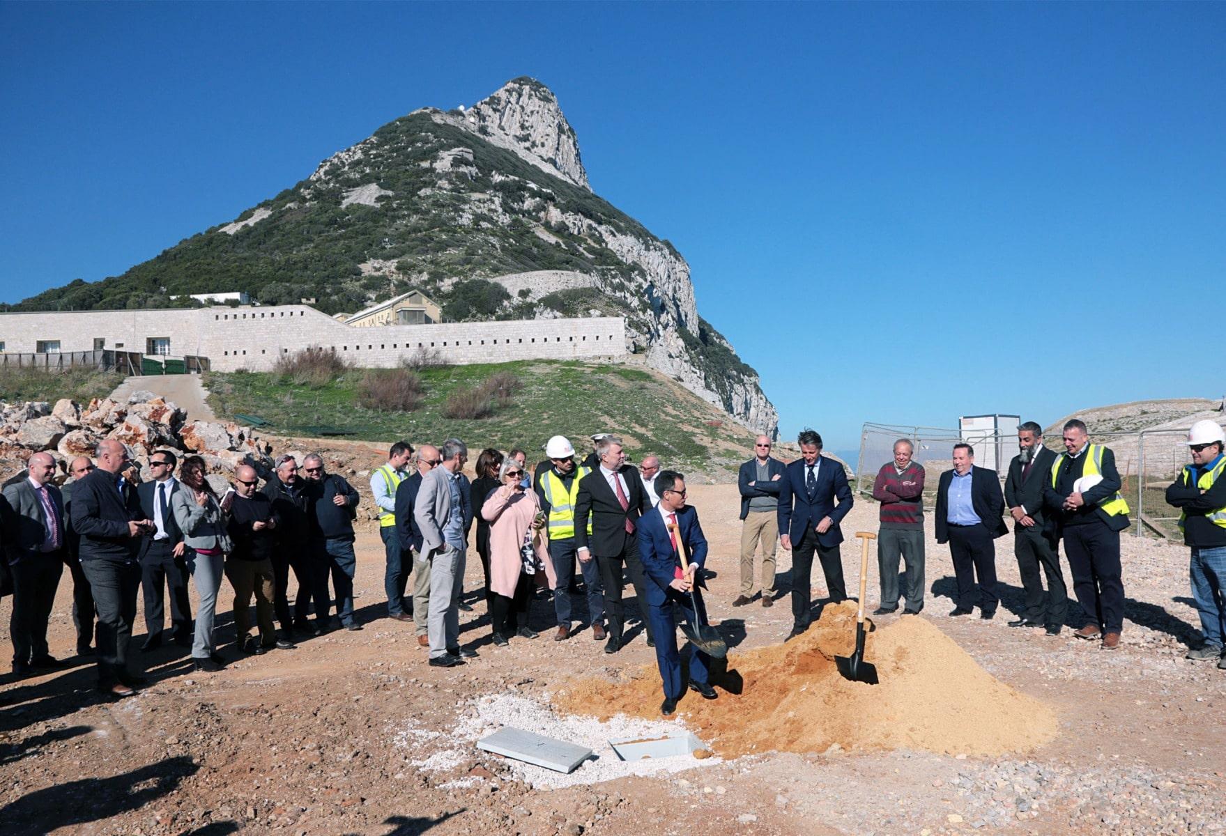 sebastian-coe-en-gibraltar_39165194224_o