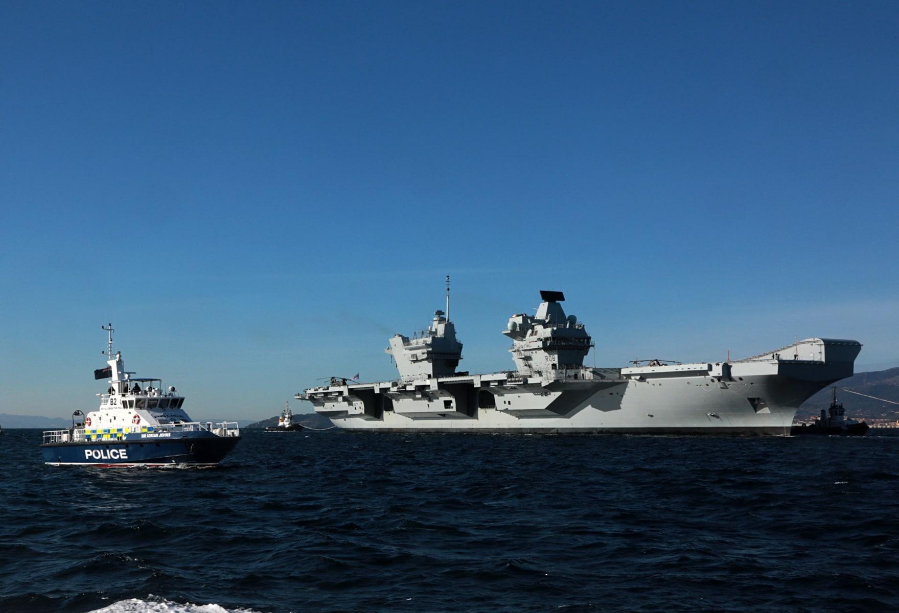 portaaviones-hms-queen-elizabeth-llegando-a-gibraltar-imagen-tomada-desde-uno-de-los-buques-de-apoyo-via-royal-navy-29_39455300364_o