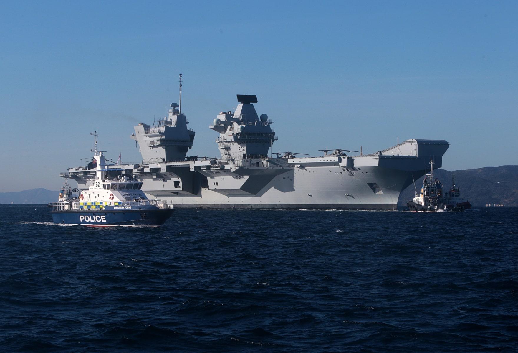 portaaviones-hms-queen-elizabeth-llegando-a-gibraltar-imagen-tomada-desde-uno-de-los-buques-de-apoyo-via-royal-navy-34_40133909382_o