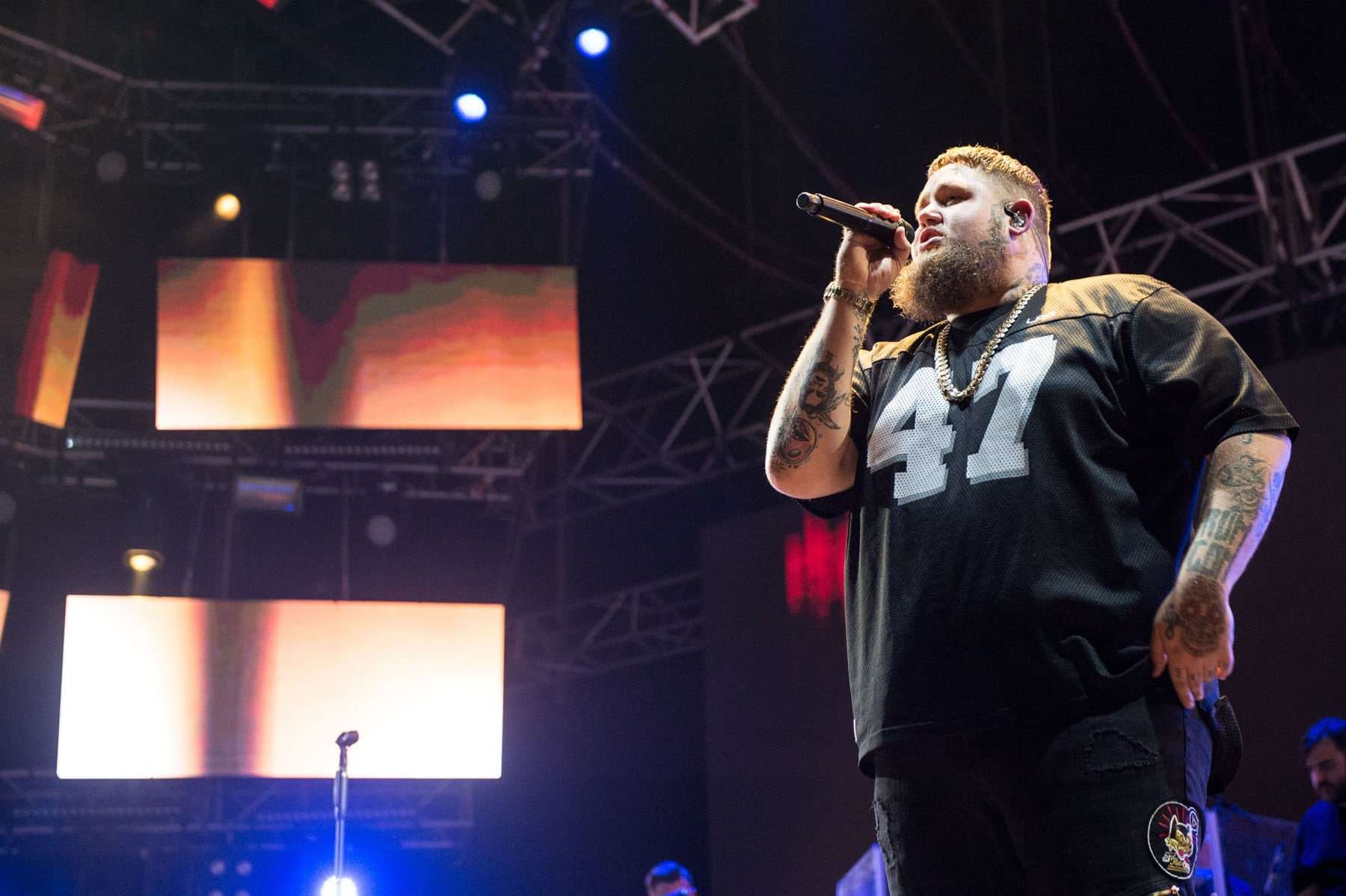 rag-n-bone-man-at-mtv-presents-gibraltar-calling-2018-day-2-by-ollie-millington-14_43072429880_o