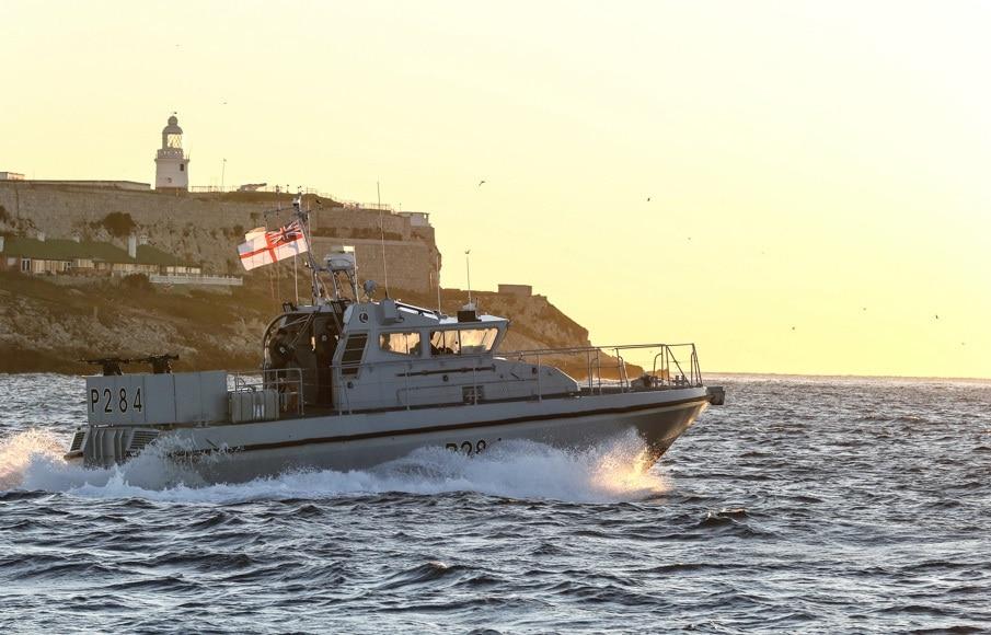 hms-scimitar-2-royal-navy_48859711201_o