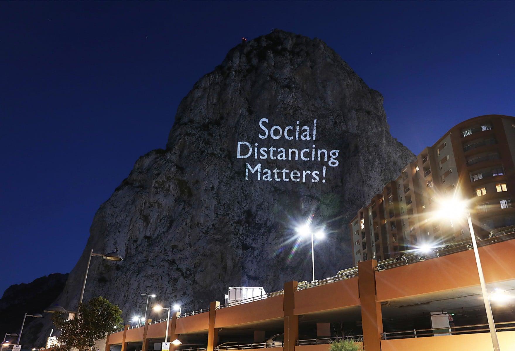 social-distancing-matters_49851277522_o