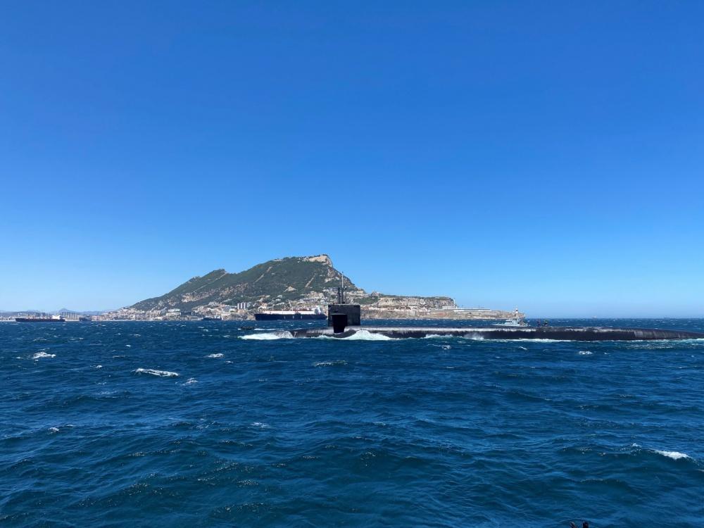 USS-Alaska-Gib-9