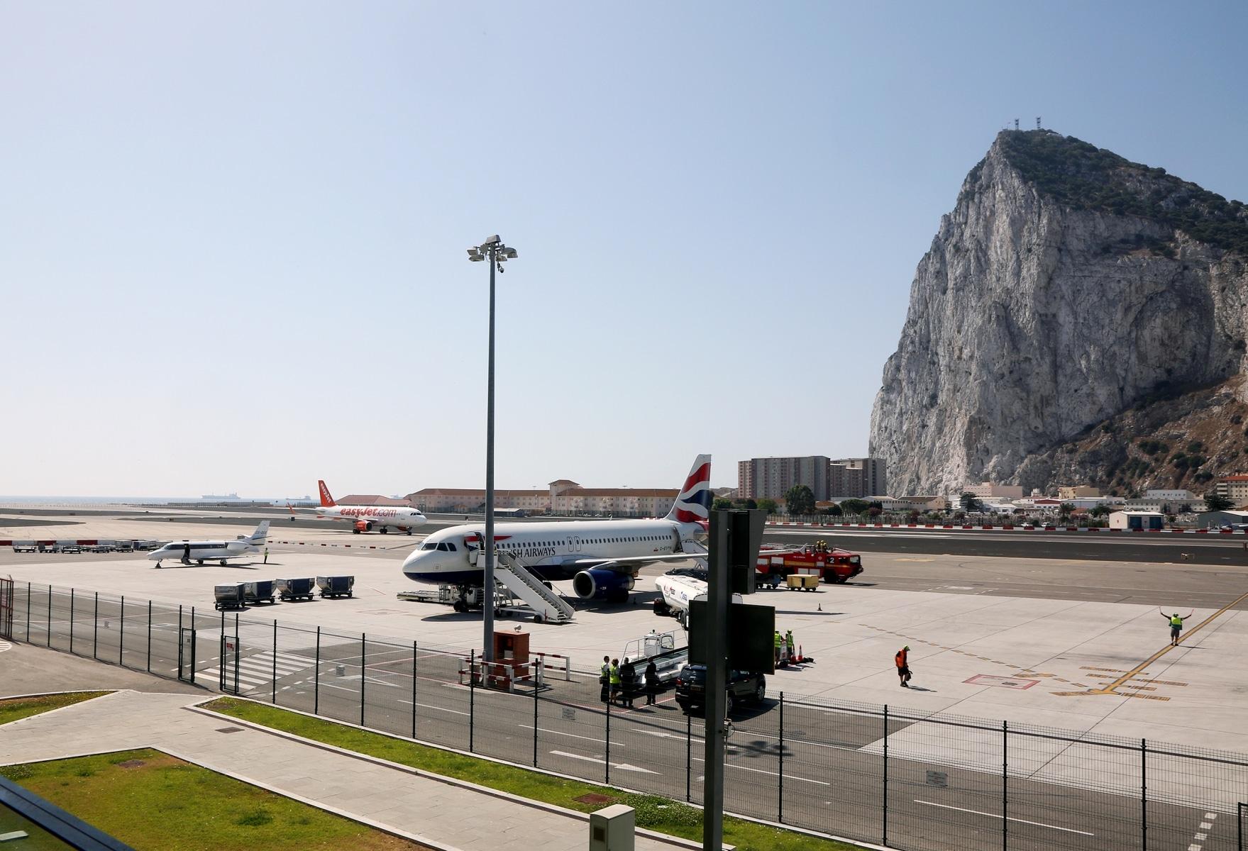 airport-0431_24765626727_o