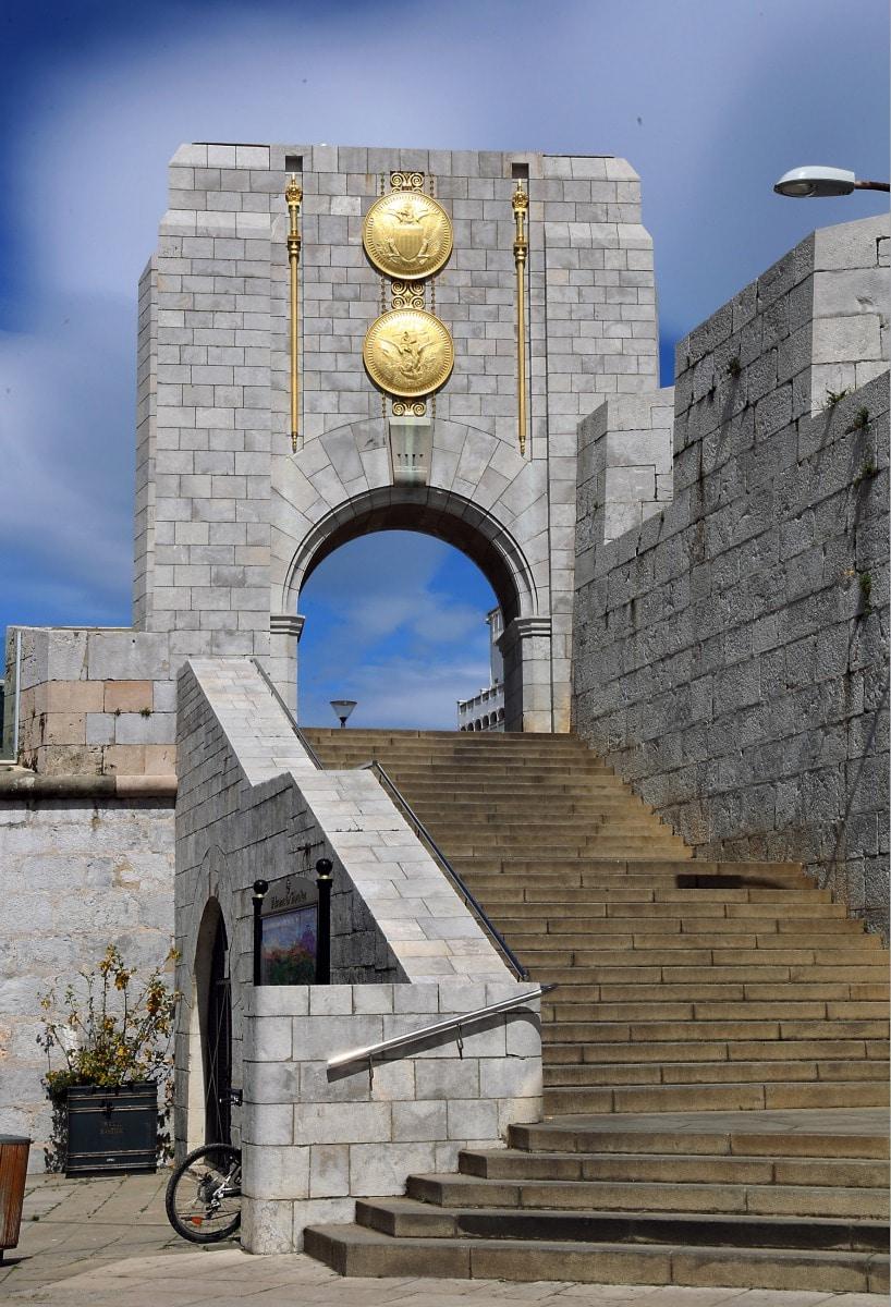 american-war-memorial-7753_25762320768_o