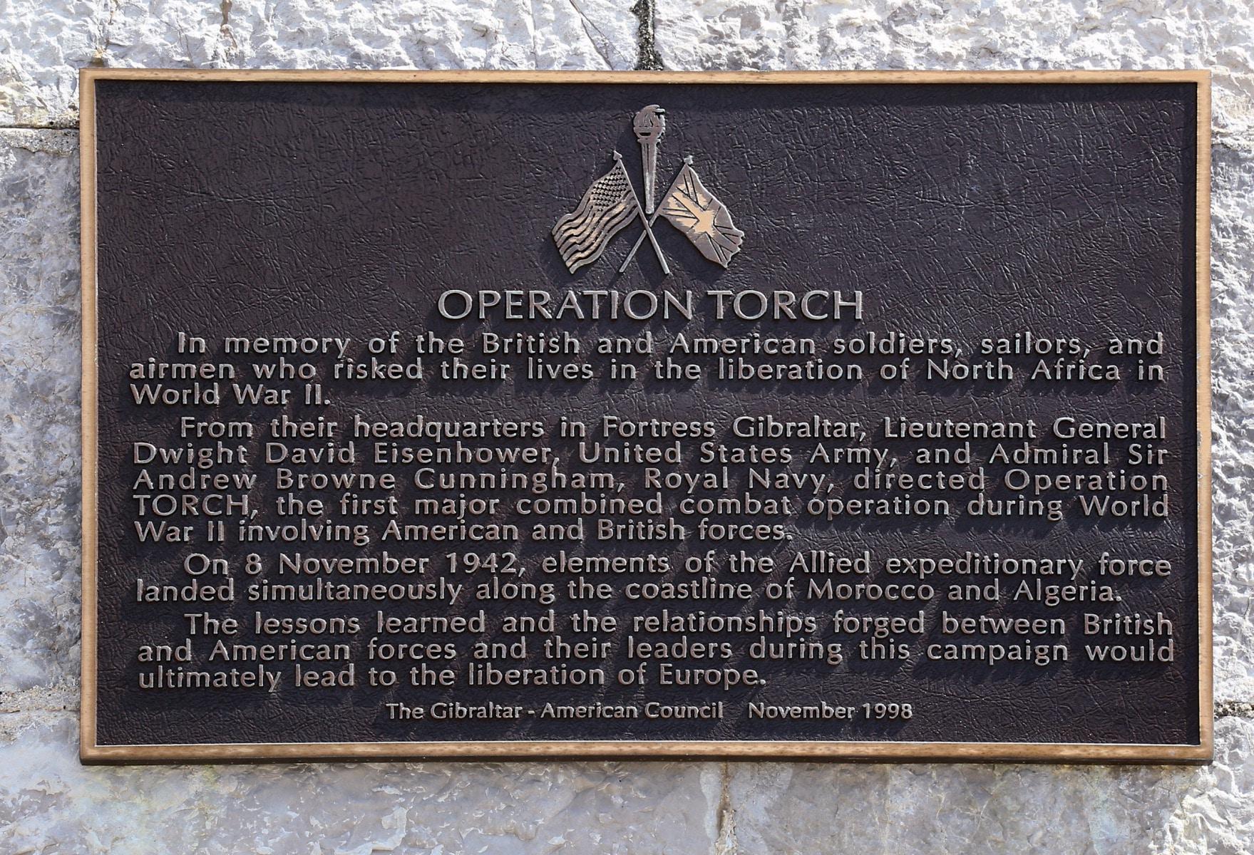american-war-memorial-7757_38737188735_o