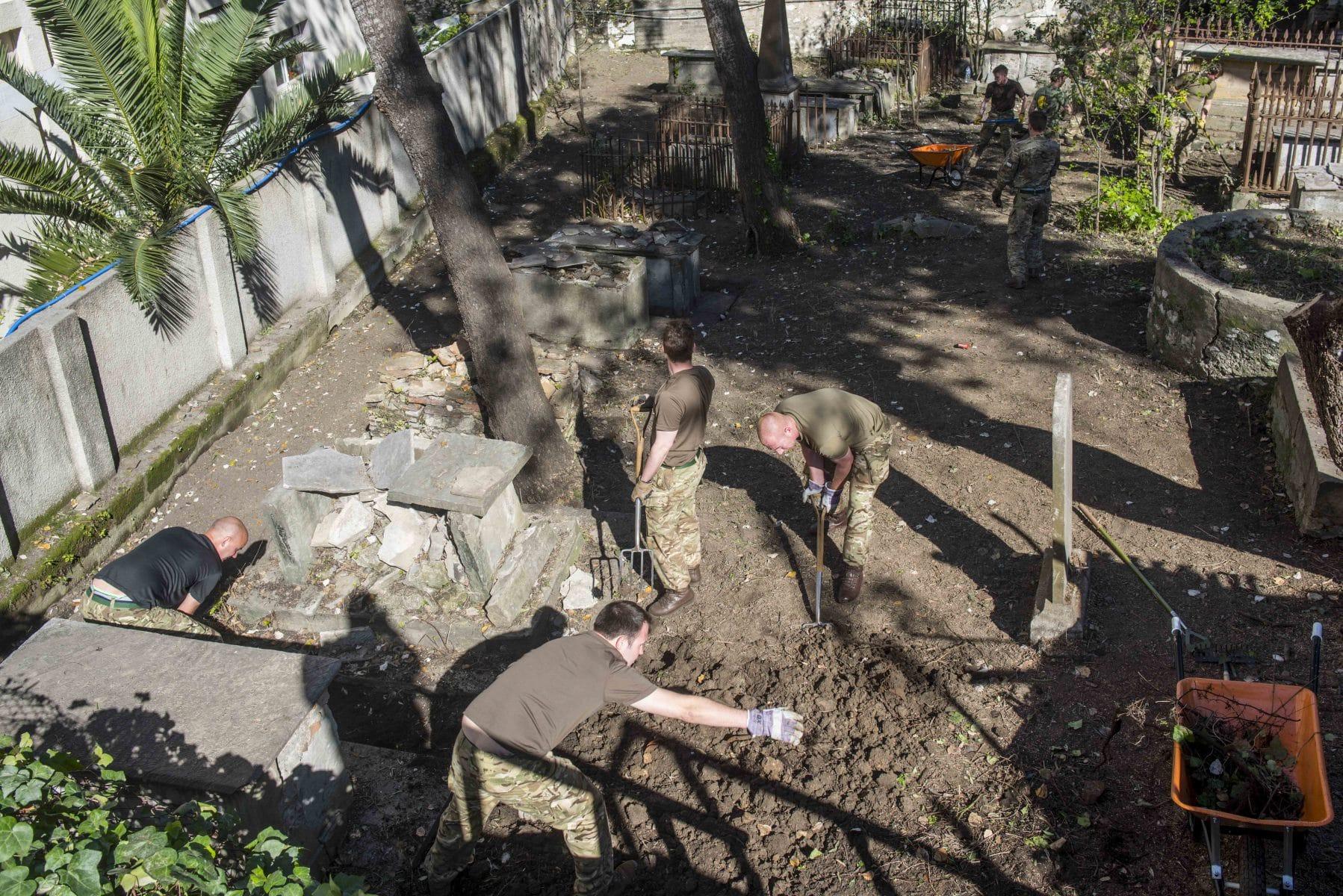 restauracin-cementerio-witham-23_25110015769_o