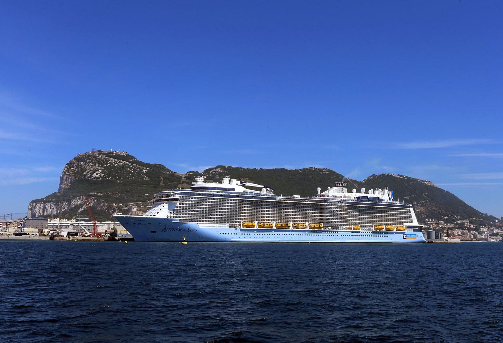 cruise-liners-10_39603825692_o