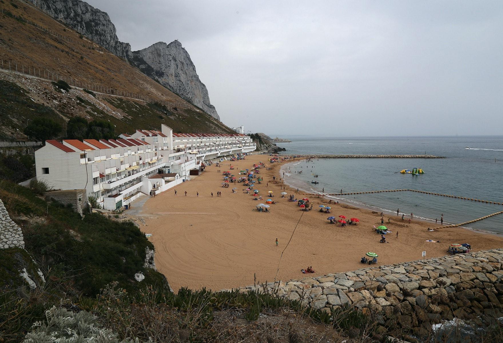beaches-5_24765380957_o