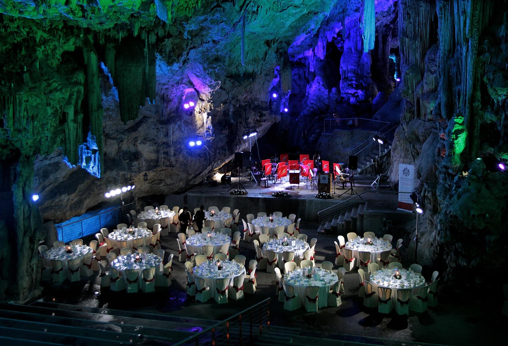 st-michaels-cave-7_39633552141_o