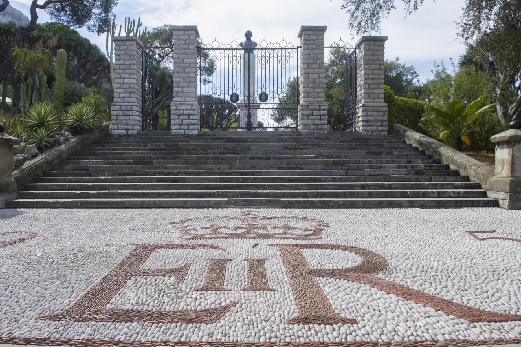 alameda-gardens-10_38737336275_o