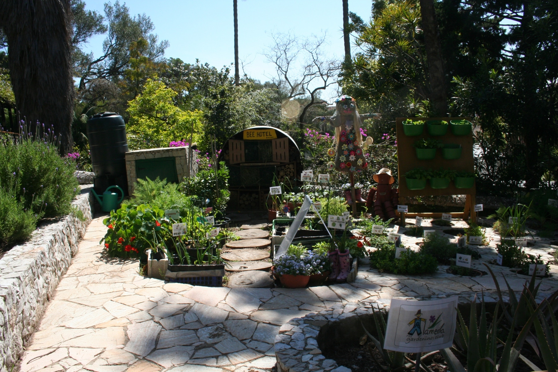 15-de-abril-2016-jardines-de-la-alameda-de-gibraltar-11_26414966676_o