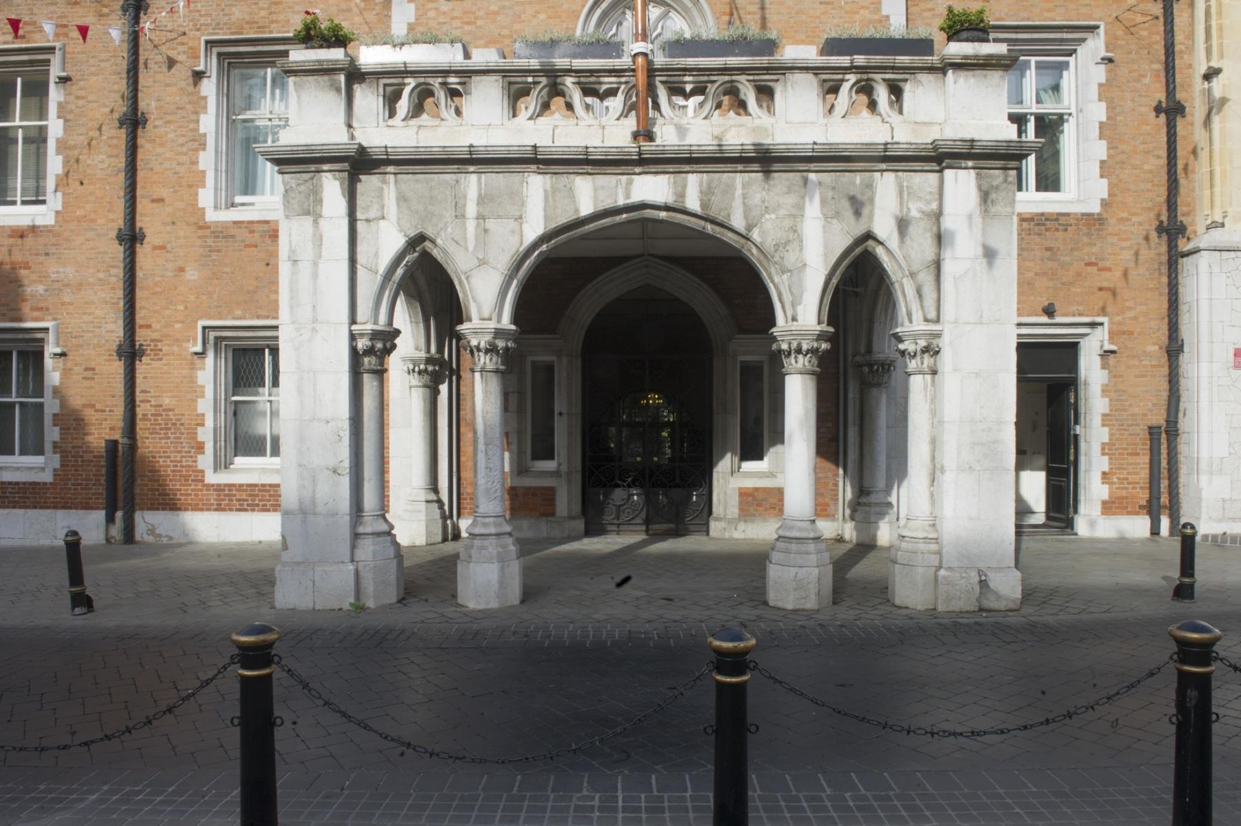 el-convento-residencia-del-gobernador-de-gibraltar_22740235065_o