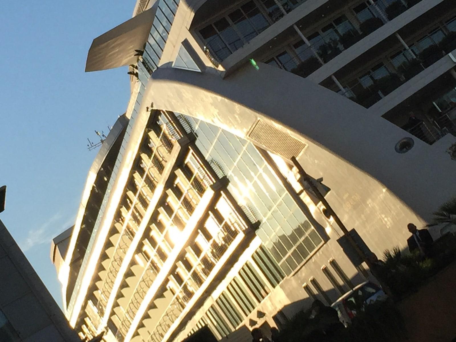 el-hotel-flotante-de-lujo-sunborn-est-permanentemente-en-la-marina-de-ocean-village-de-gibraltar_22751854081_o