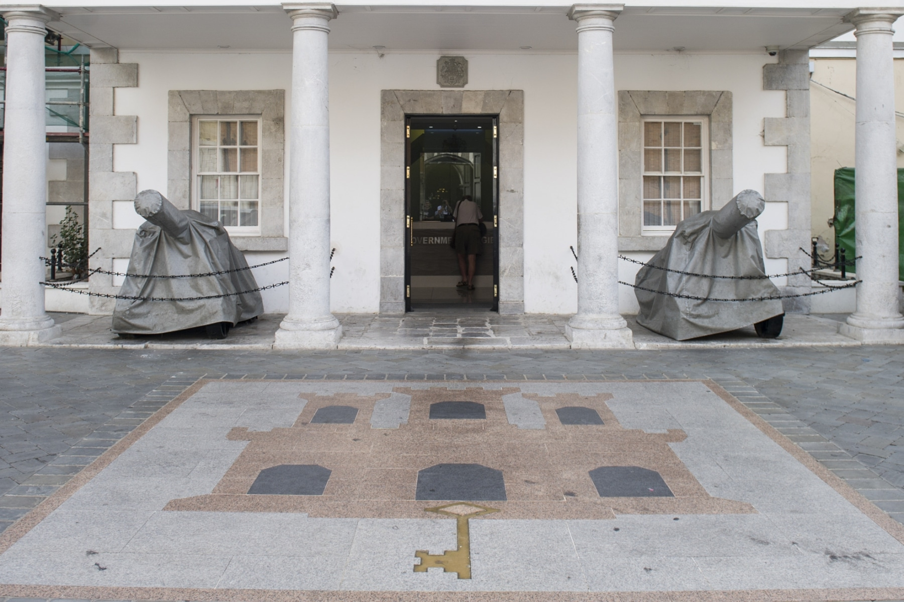 el-n-6-de-convent-place-sede-del-gobierno-de-gibraltar_22740241645_o