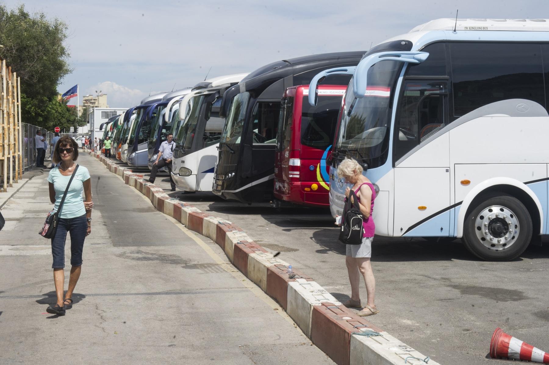 gibraltar-recibe-anualmente-ms-de-7-millones-de-turistas_22740254985_o