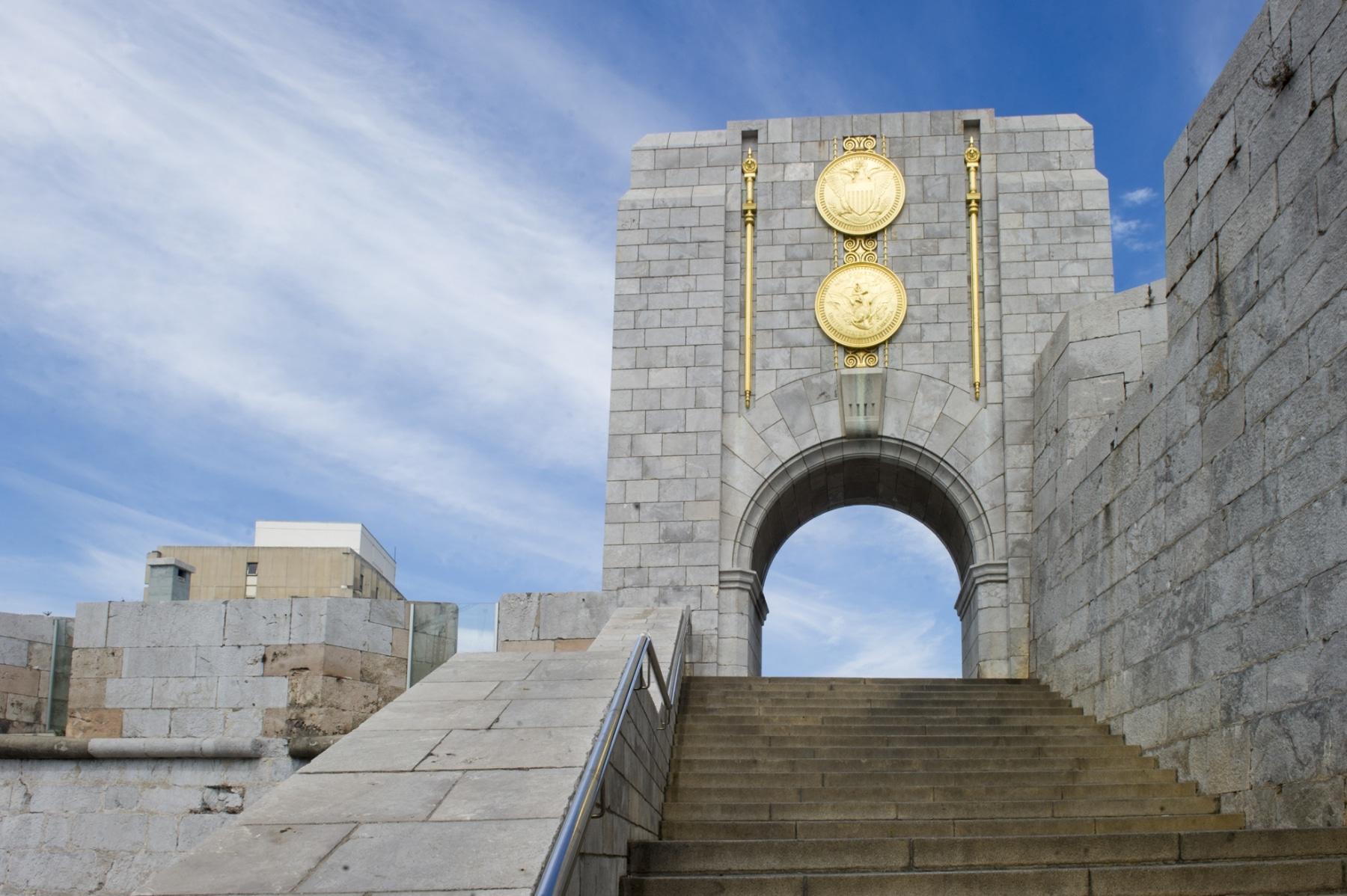memorial-en-honor-a-los-cados-estadounidenses-en-gibraltar-durante-la-i-guerra-mundial_22740094345_o