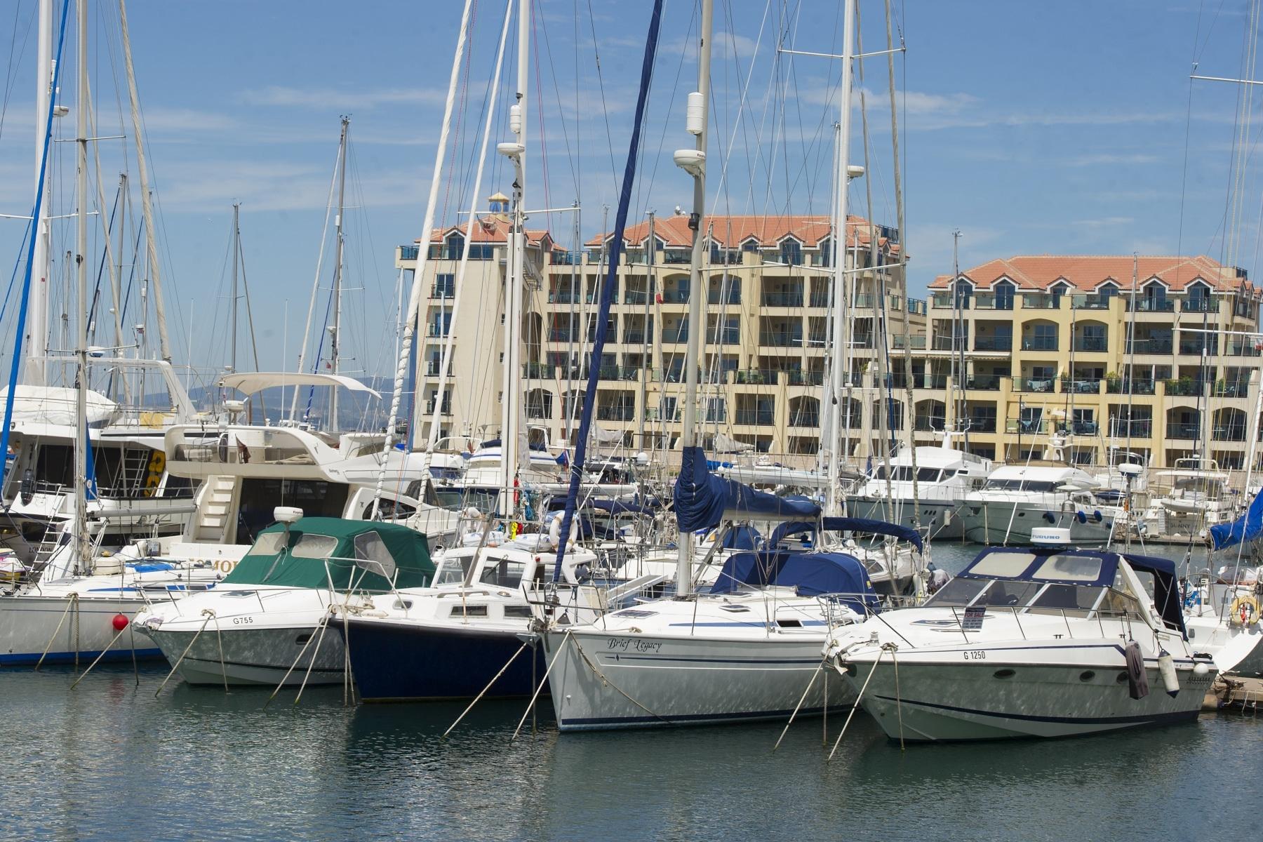 puerto-deportivo-gibraltar-02_9222396467_o