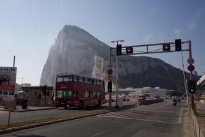 La TV alemana ZDF graba un reportaje en Gibraltar. Michael Petch - ZDF