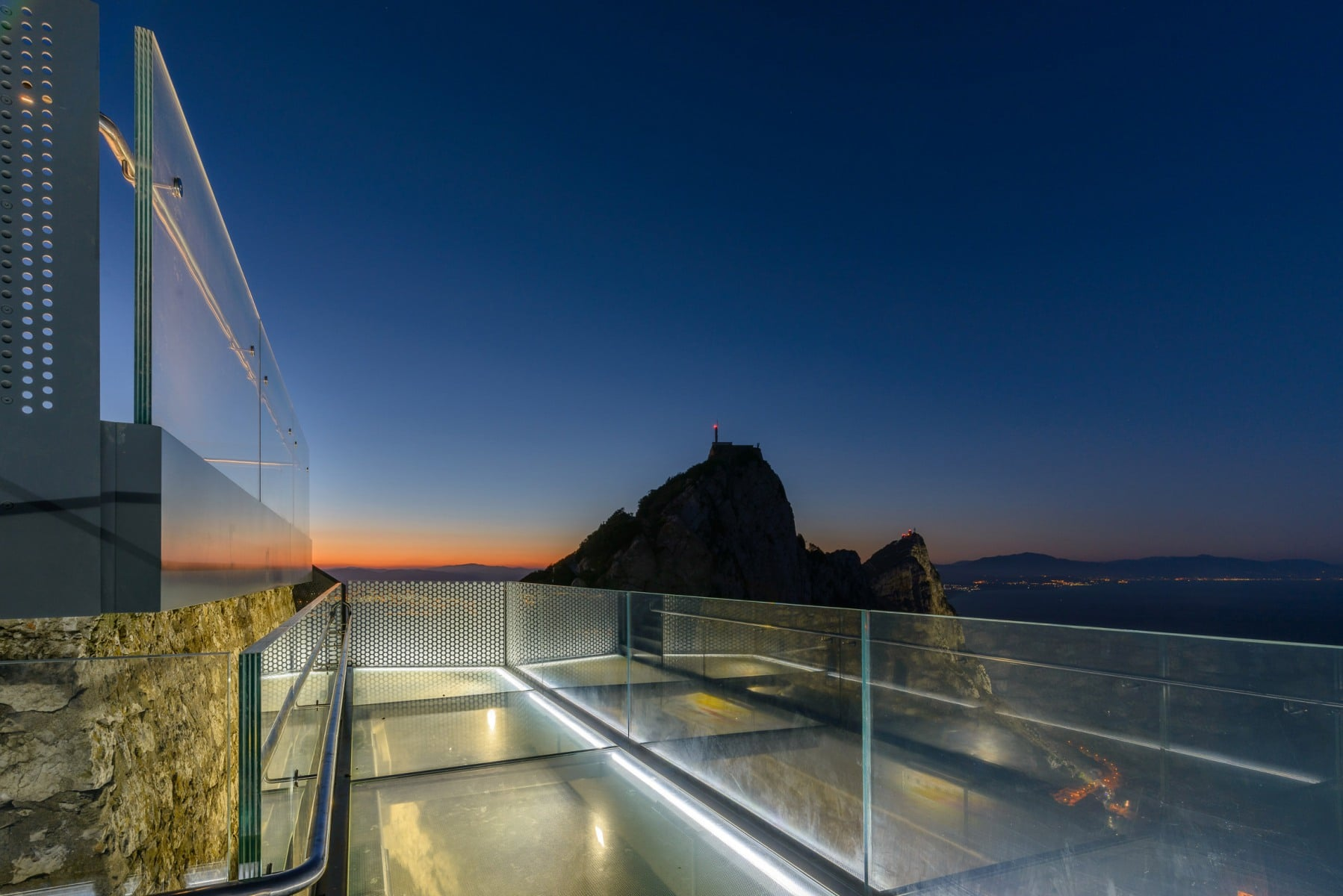 skywalk-gibraltar-17-photo-taken-for-bovis-koala-jv-by-meteogibs-photographer-stephen-ball_41367549530_o