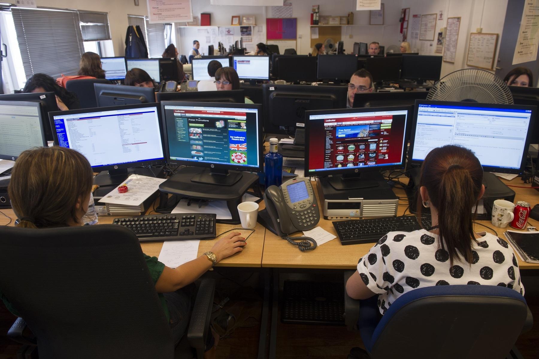 sector-juego-online-ladboke-gibraltar-09_9222284525_o