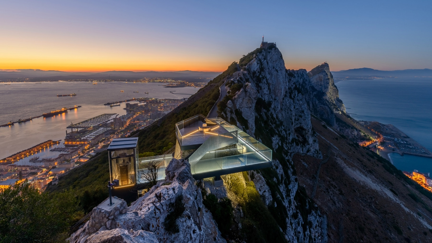 skywalk-gibraltar-1-photo-taken-for-bovis-koala-jv-by-meteogibs-photographer-stephen-ball_41367550800_o
