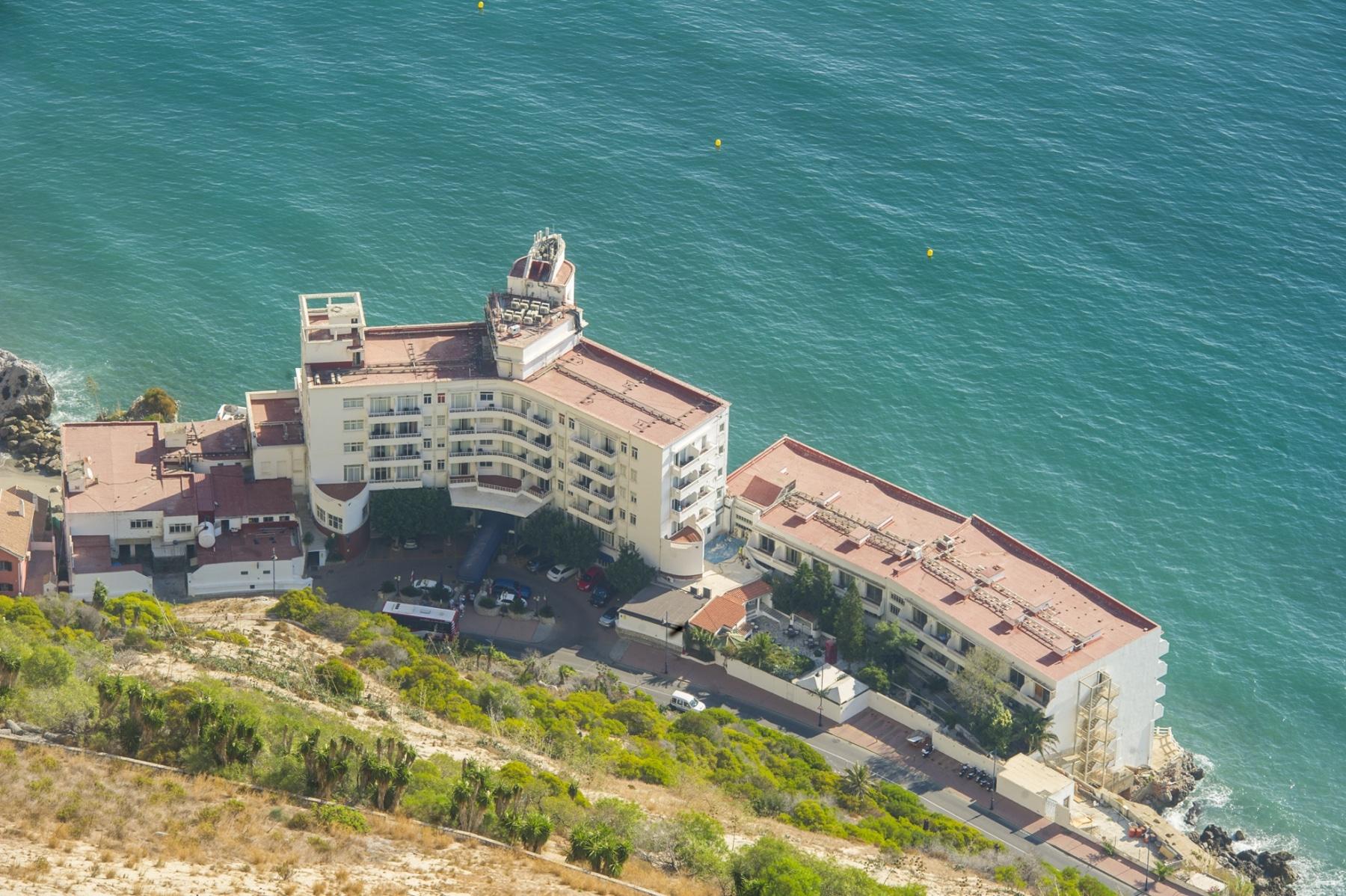 el-histrico-hotel-la-caleta-de-gibraltar_22551346970_o