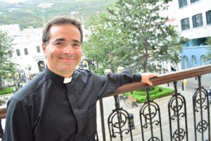Mgr Mark Miles en Gibraltar en 2015. Fotografía de Stephen Ignacio